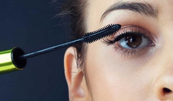 Những câu nói hay về sản phẩm mascara